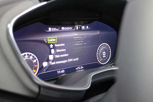 Volkswagen unveils virtual cockpit at CeBIT 2014, Auto News, ET Auto   {Auto cockpit vw 59}