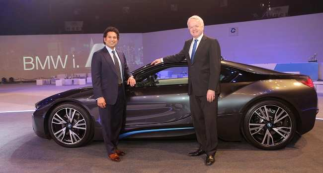 Bmw I8 Plug In Hybrid Car Launched At Rs 2 29 Crore Ex Showroom