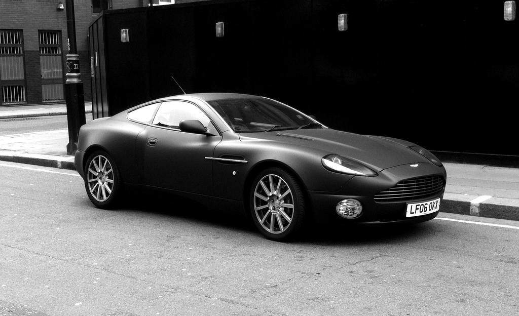 10 Most Expensive Cars In India Aston Martin Vanquish Rs 3 8 Cr Et Auto