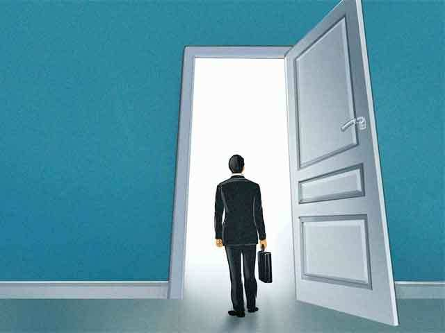 Why senior professionals are bidding adieu to the Big 4 like