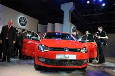 Vw Group Execs Meet Indian Govt Officials On Emission Scandal To Submit Report By End