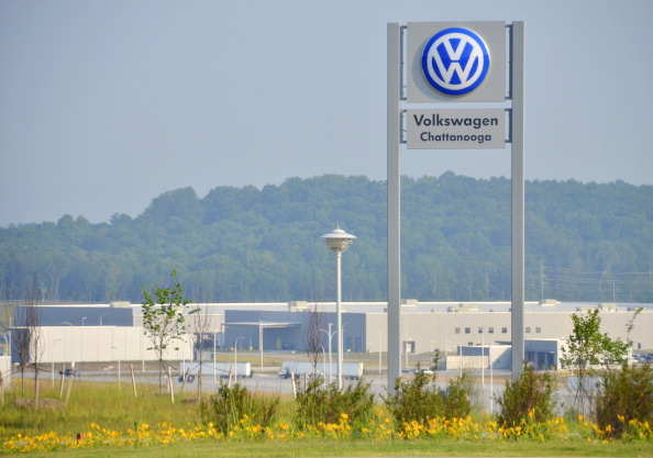United Auto Workers win vote at Volkswagen's Tennessee plant, Auto