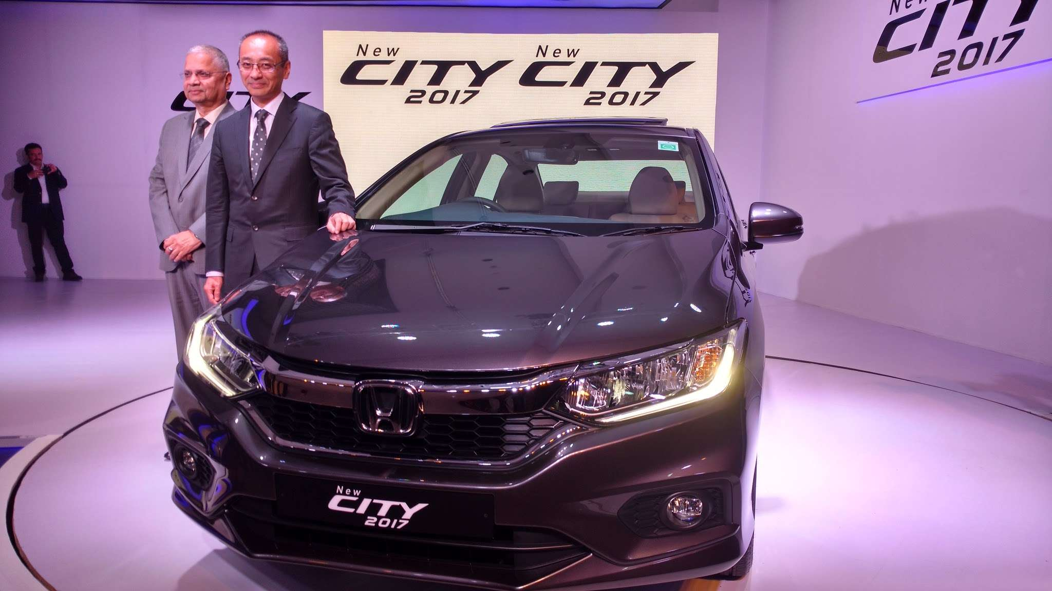 Honda City 2017 Launched In India Prices Start At Rs 8 49 Lakh Ex