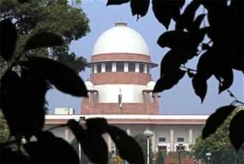 SC tells house owner to pay Rs 15 lakh to buyer for nixing deal