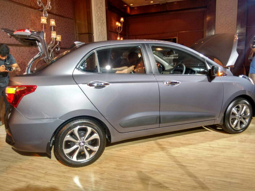2018 hyundai xcent. modren xcent 2017 hyundai xcent launched in india at a starting price of rs 538 lakh ex throughout 2018 hyundai xcent
