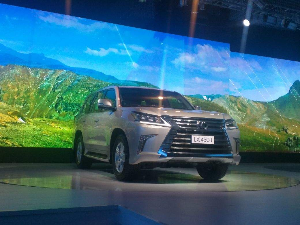 Lexus Lx450d Lexus Lx450d Diesel Suv Priced At Rs 2 32 Crore Ex Delhi Auto News Et Auto