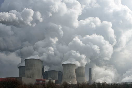 China suspends new coal-fired power plants in 29 provinces