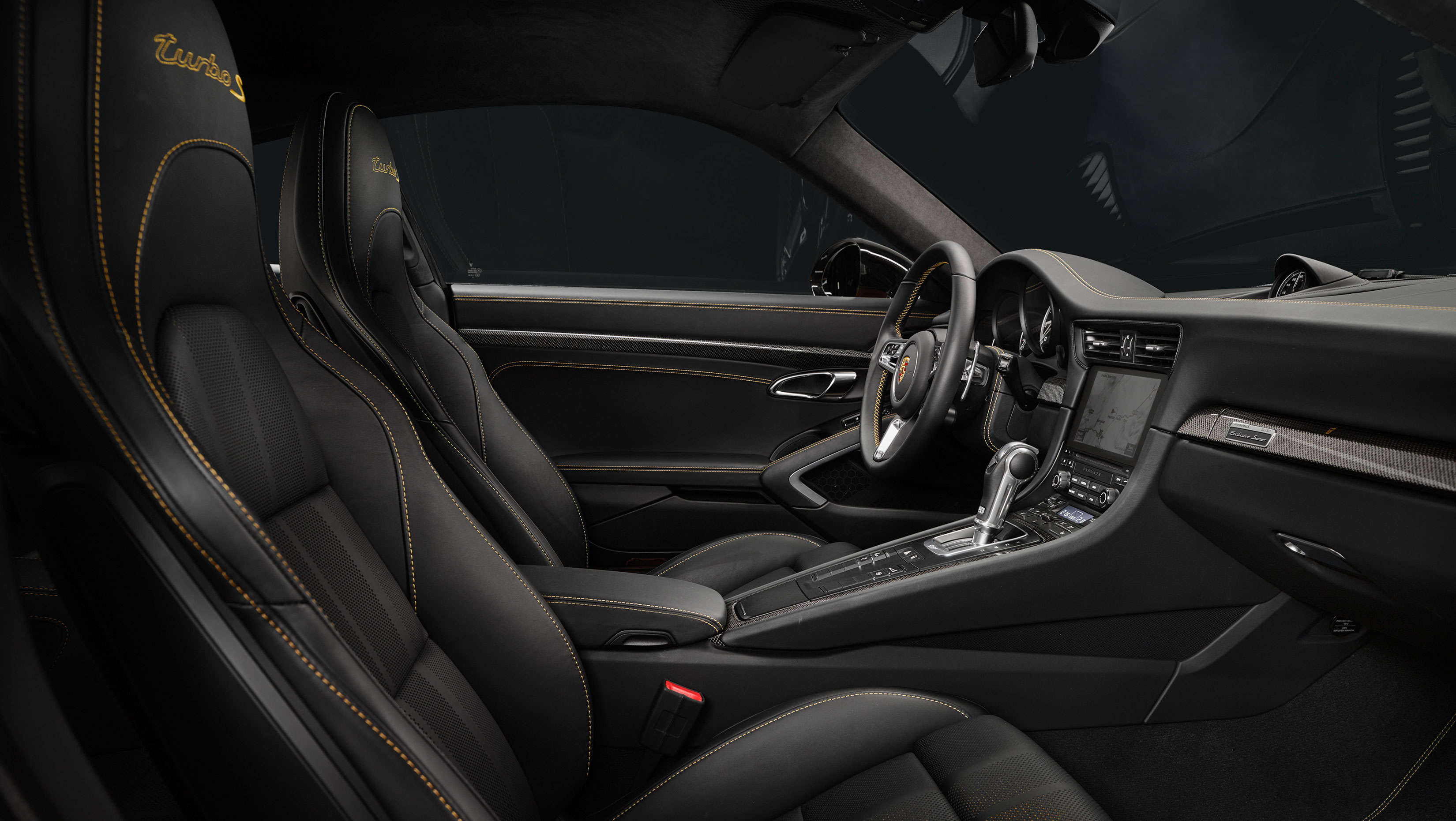 Impressions Of The New Porsche 911 Turbo S Exclusive Series Interiors Porsche 911 Turbo S Exclusive Et Auto