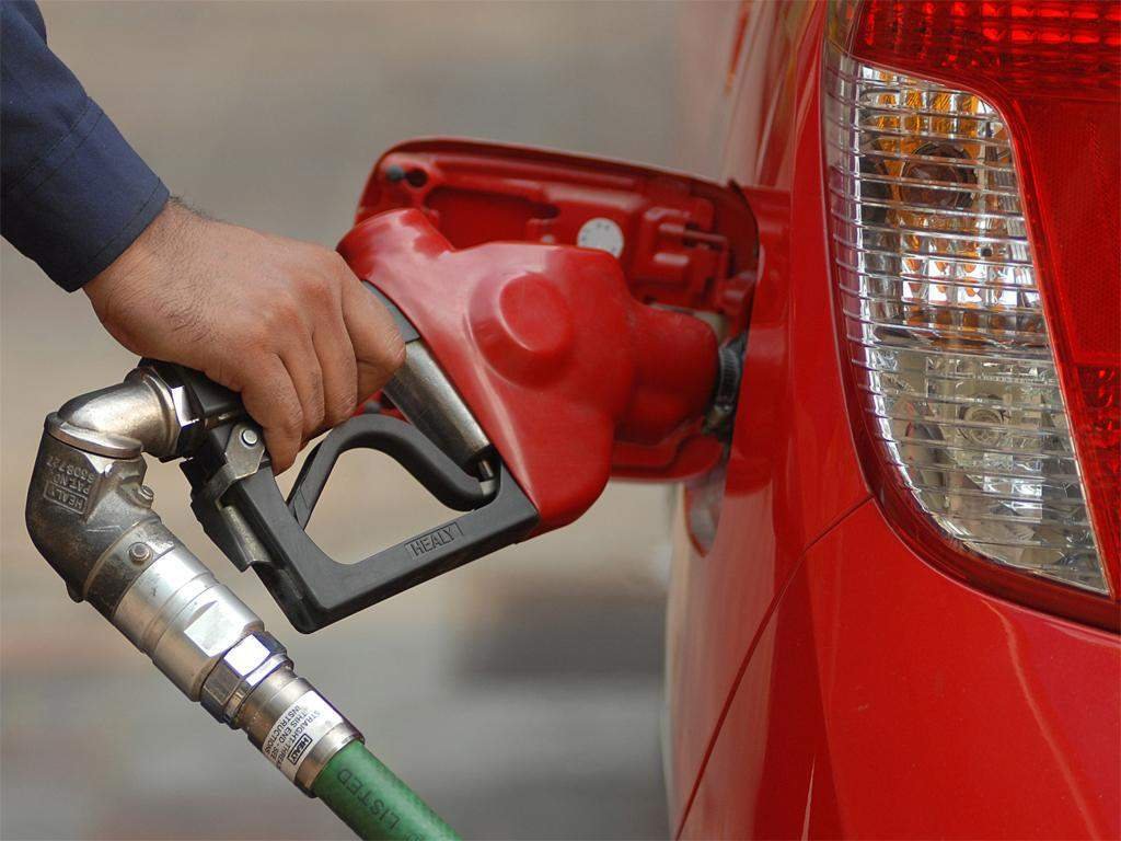 Fuel cost sees 7% rise since start of dynamic pricing | ET EnergyWorld