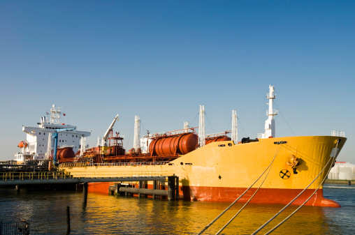 Australia\'s AGL seeks mix of LNG imports from 2020 - executive ...