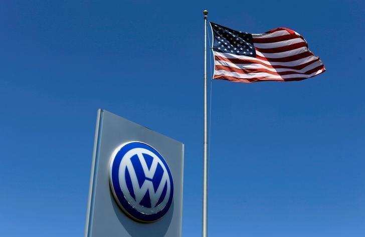 volkswagen: Volkswagen re-registers Cayman Islands planes in Germany ...