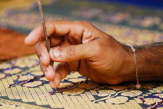 Flipkart Mp Govt Plans To Sell Handicraft Products On E Com Sites