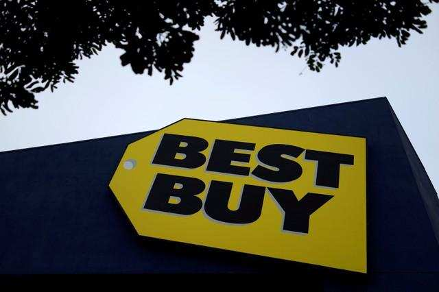 d7b8ec3f9 Best Buy plans to shut 250 small U.S. mobile phone stores