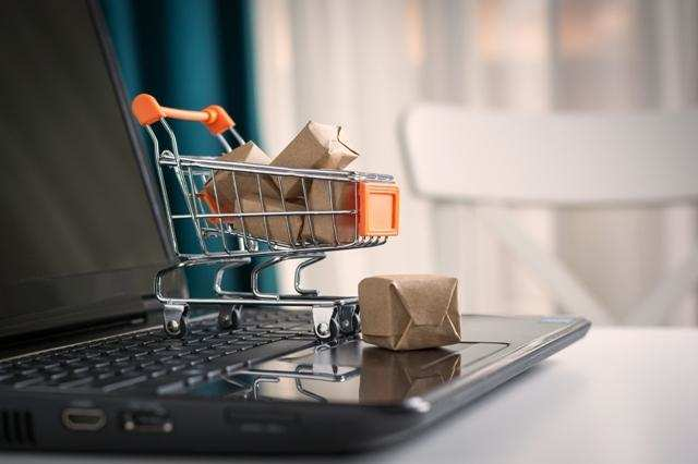 Indian e-commerce market sees M&A deals worth $2.1 billion in 2017