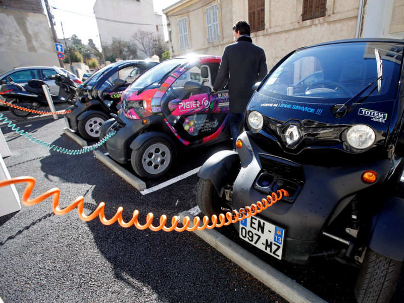 Europe Aims To Increase Electric Car Battery Production