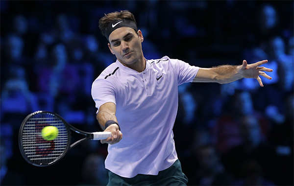 new specials top fashion on feet images of Uniqlo: Roger Federer walks out at Wimbledon in Uniqlo shirt ...