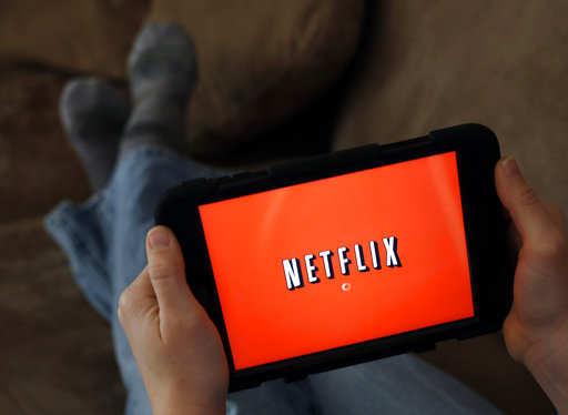 Netflix Smart Downloads: Netflix Smart Downloads will