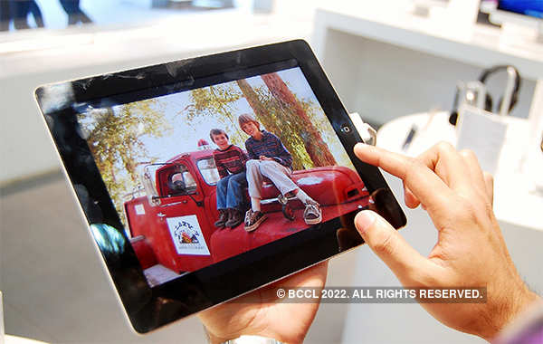 Adobe to bring complete version of Photoshop to iPad