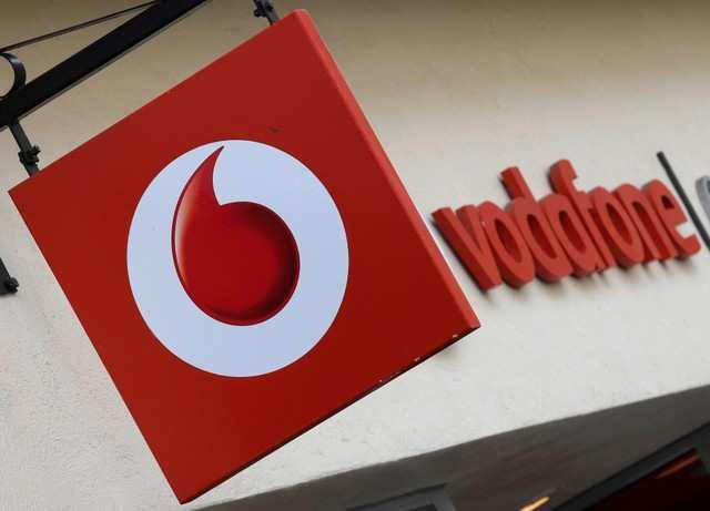 Australias Tpg Telecom Eyes Vodafone Deal Shares Soar Telecom