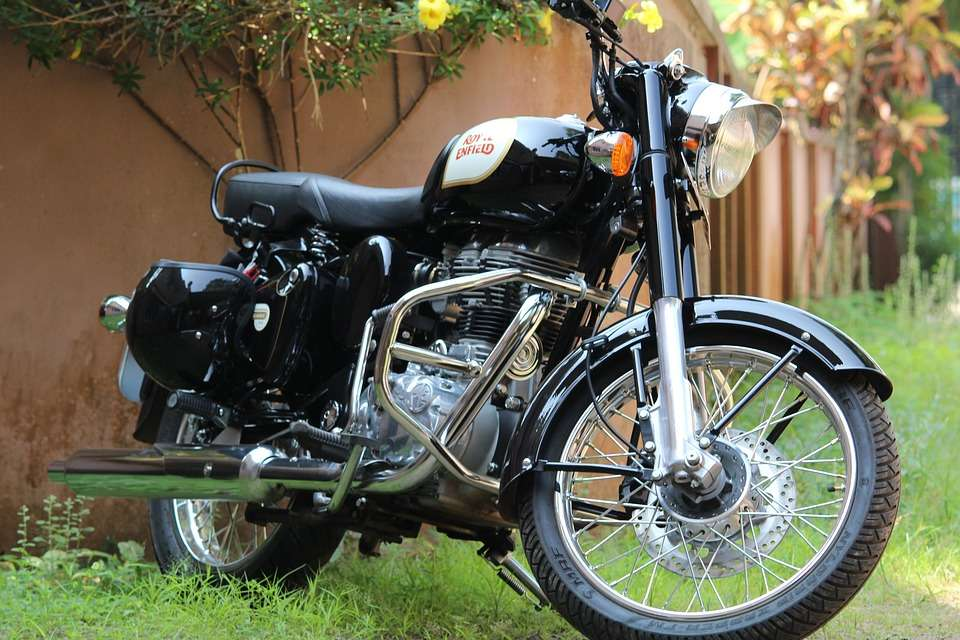 Royal Enfield August sale marginally up at 69,377 units, Auto News ...