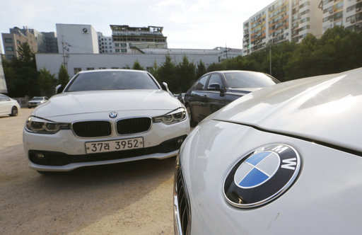 Electric Vehicle Bmw Drives To Cut Battery Costs Share Costs On