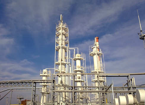 Kuwait's KNPC aims to raise refining capacity to 2 mln bpd