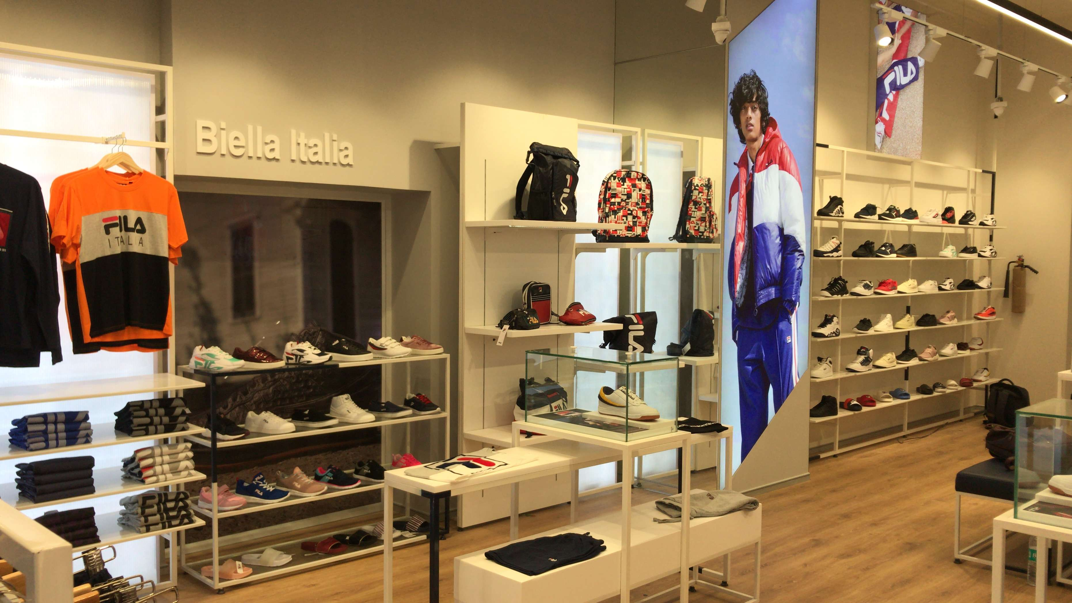 Estación de ferrocarril Desarrollar coser  Italian sports fashion brand FILA to open 100 exclusive retail stores in  India over the next 5 years, Marketing & Advertising News, ET BrandEquity