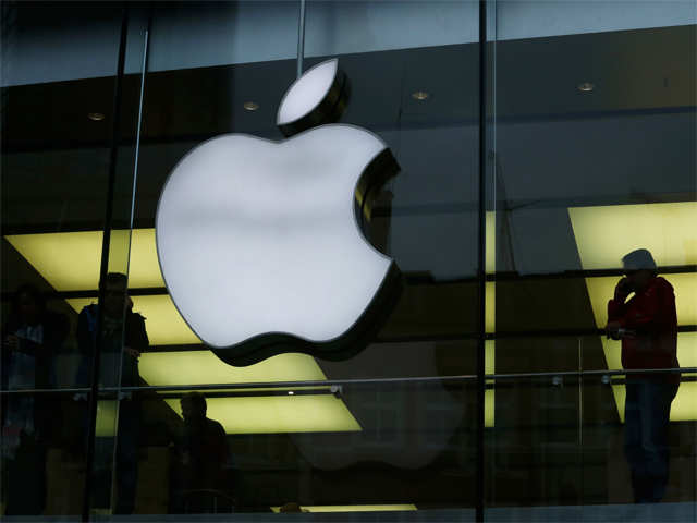 apple: Software pirates use Apple tech to put hacked apps on