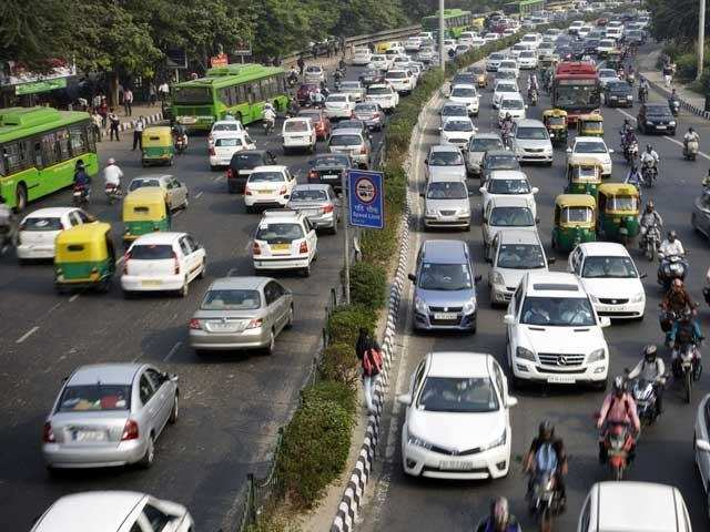 Delhi Economic Survey: Number of vehicles on Delhi roads over 1 ...