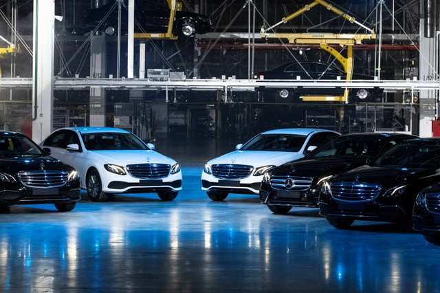 18ca7350c9 Mercedes benz plant in moscow  Daimler opens Mercedes-Benz plant in ...