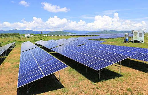 solar power capacity: India's top 10 states by installed