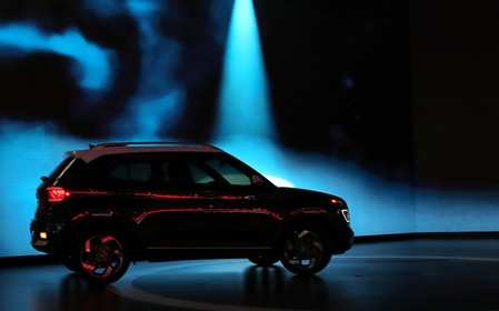 Specs Comparison Hyundai Venue Vs Maruti Brezza Ford
