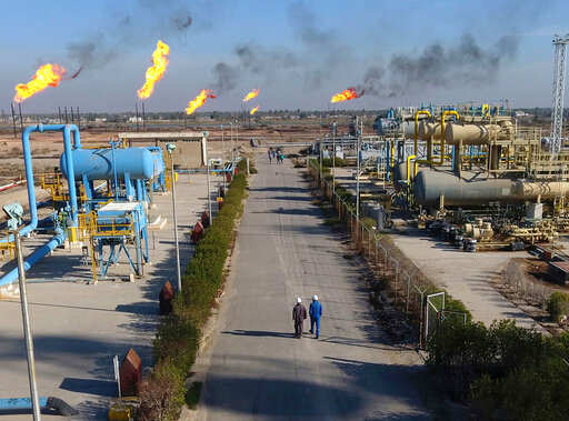 Iraq sees deal with Exxon Mobil, PetroChina 'very soon': Oil