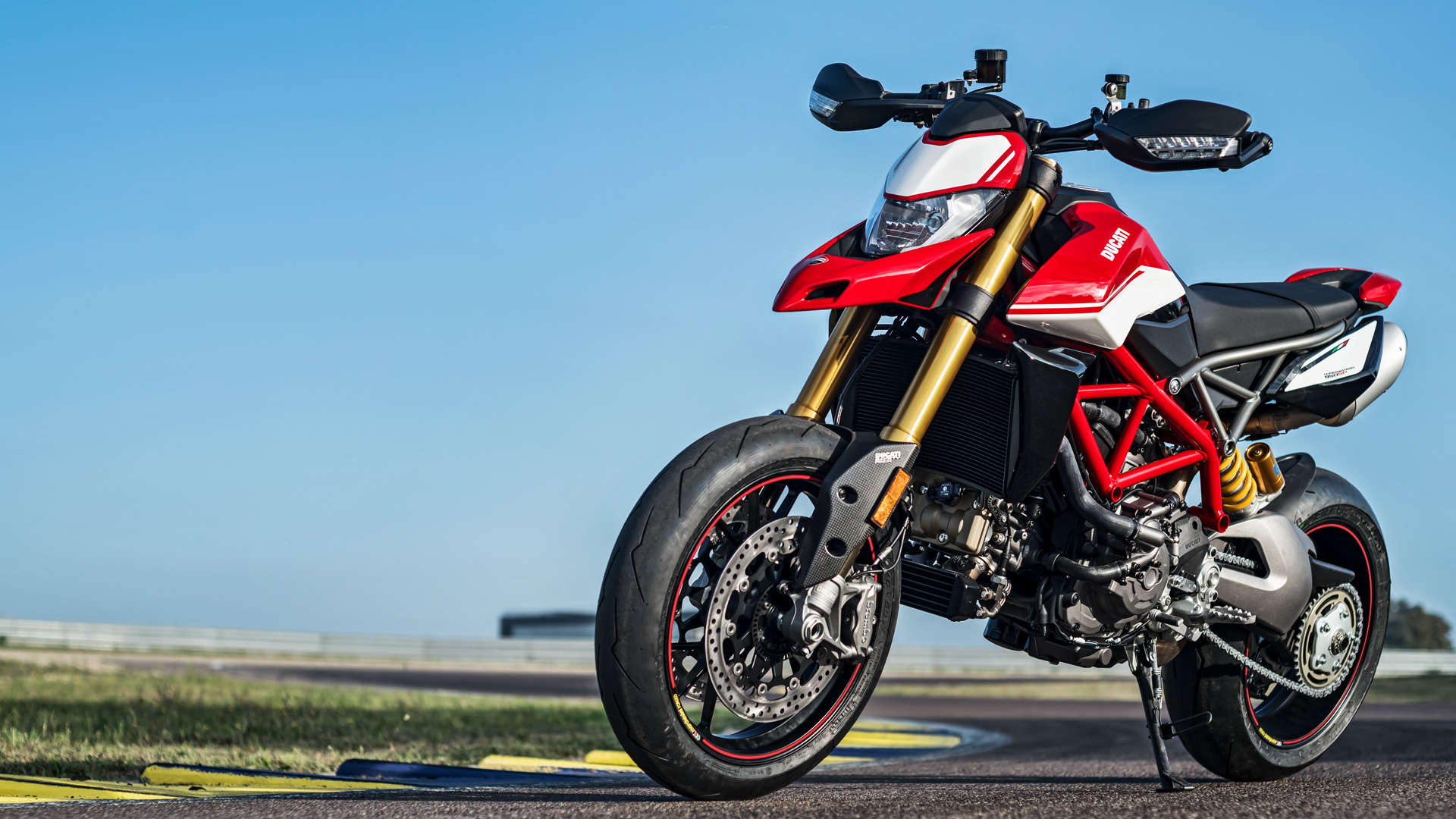 New Launches Ducati Hypermotard 950 Launches In India Priced At Rs