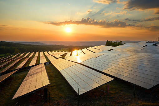 solar project: Uttar Pradesh plans to commission 1500 MW solar projects by next year, Energy News, ET EnergyWorld