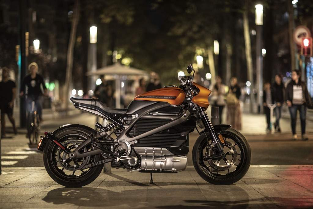 This motorcycle is designed as an urban street-rider and is claimed to have a range of 235 km on a fully charged battery.