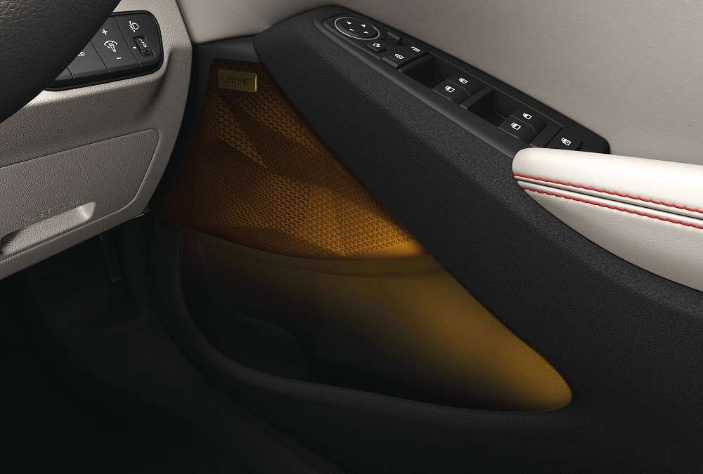 A Quick Glance At Kia Seltos Interior Sound Mood Lights