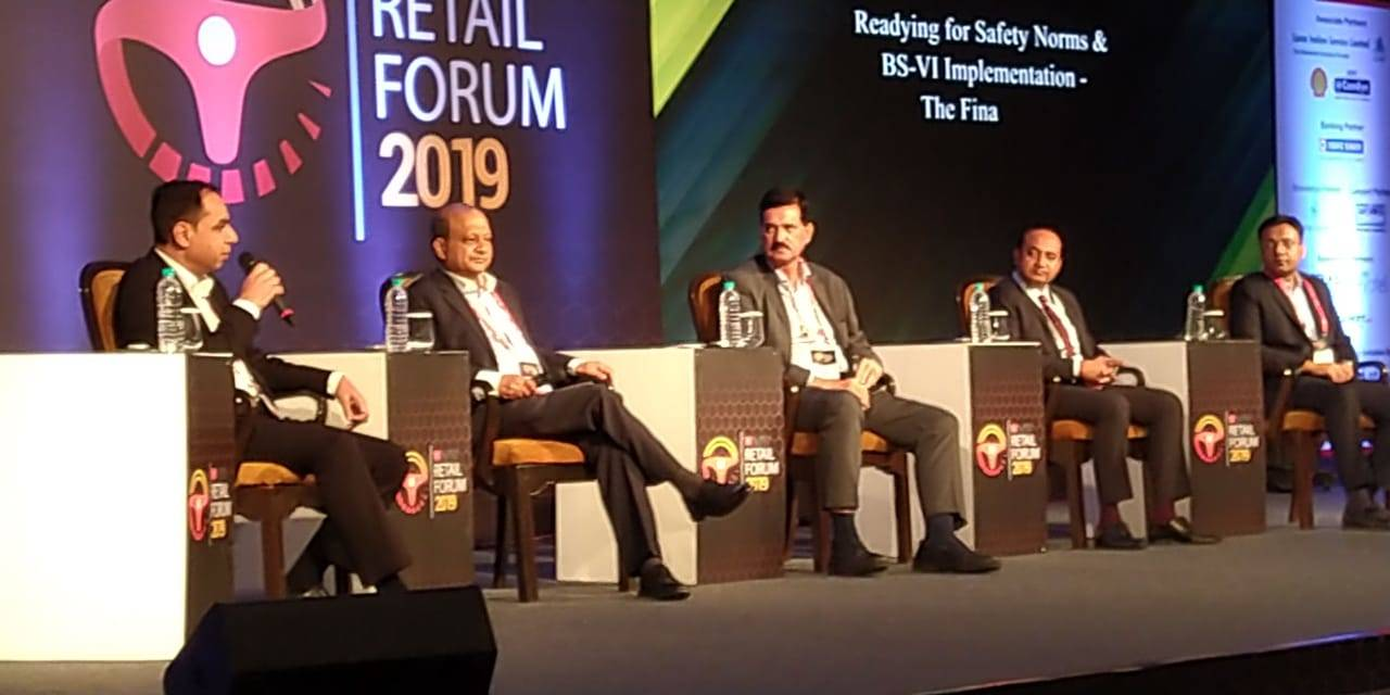 Discussing the preparation for BS-VI roll out, Guleria  (Far left) underlines that the models have gone under production and testing, and will be out within the next 30 days.