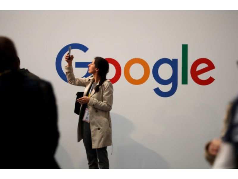 Apple slams Google for raising false alarm on iOS security