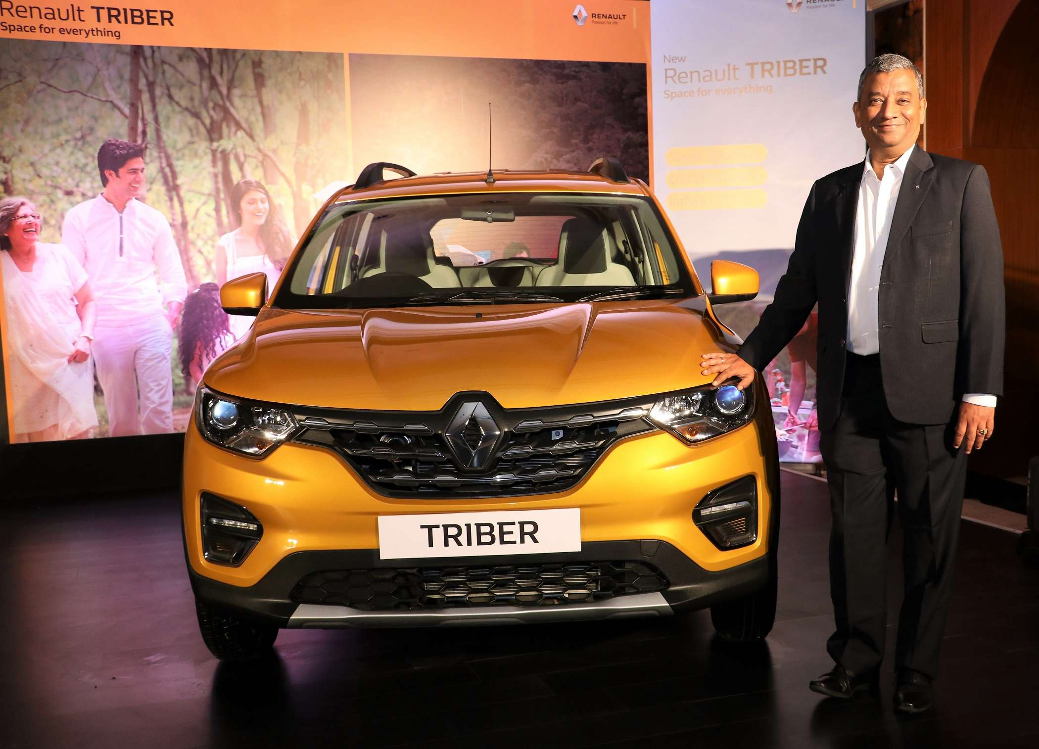 Renault Triber Renault India Delivers 10 000 Triber Mpv In Two Months Auto News Et Auto