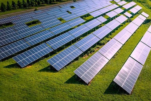 Adani Green: Adani Green's $362-mn bonds issue gets global interest, Energy  News, ET EnergyWorld