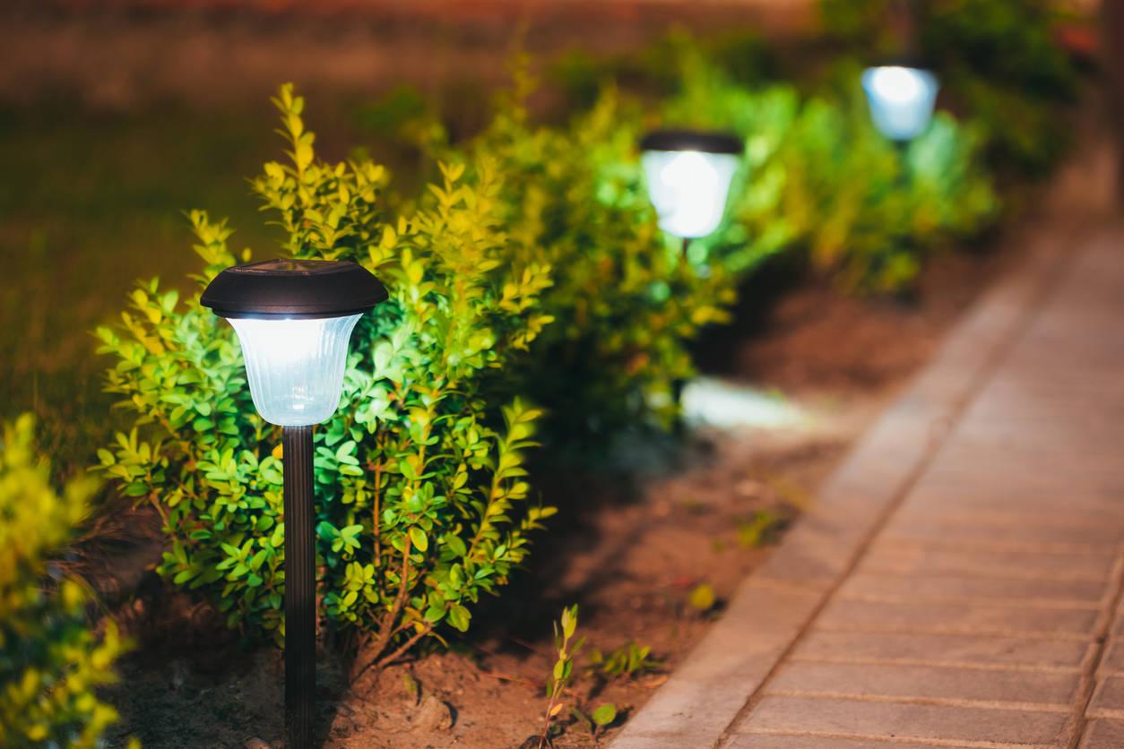 Solar Lights For Garden Best Solar Lights For Your Garden Real Estate News Et Realestate