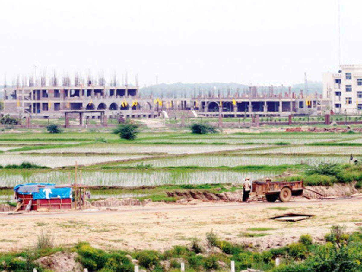Noida authority to take back plots from 18 government departments