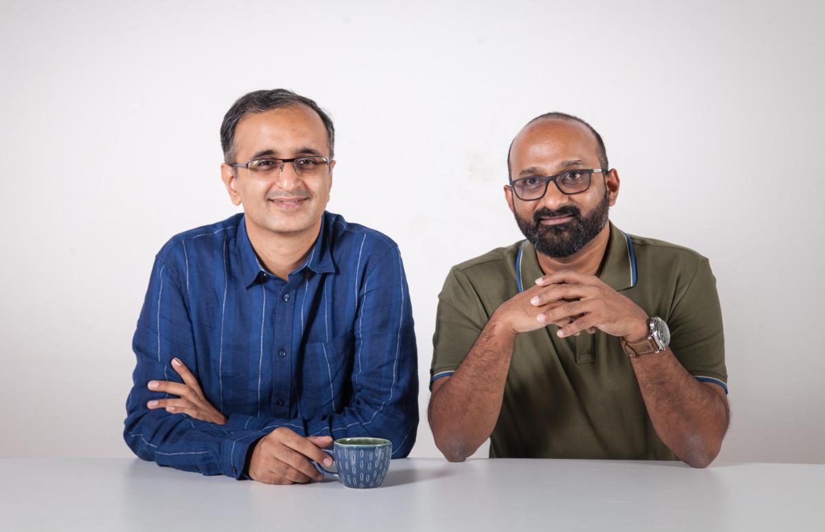 Epifi founders Sumit Gwalani (L) and Sujith Narayanan