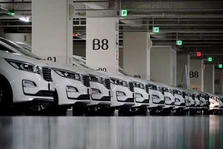 La Corée du Sud restreint les déplacements en voiture uniquement aux taxis autorisés et interdit l'utilisation de voitures particulières à cette fin.
