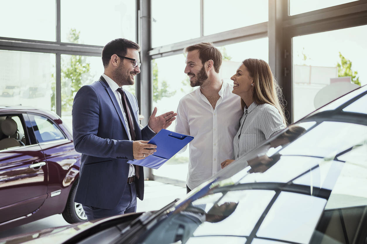 car service: Covid-19: Auto dealers can keep service bays open in US, Auto  News, ET Auto