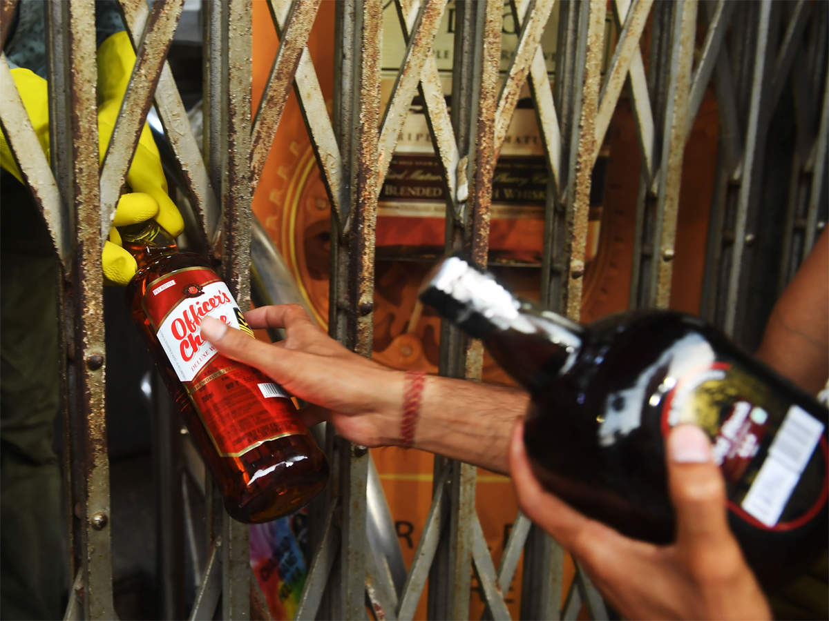 alcohol delivery: Zomato targets push into alcohol deliveries ...