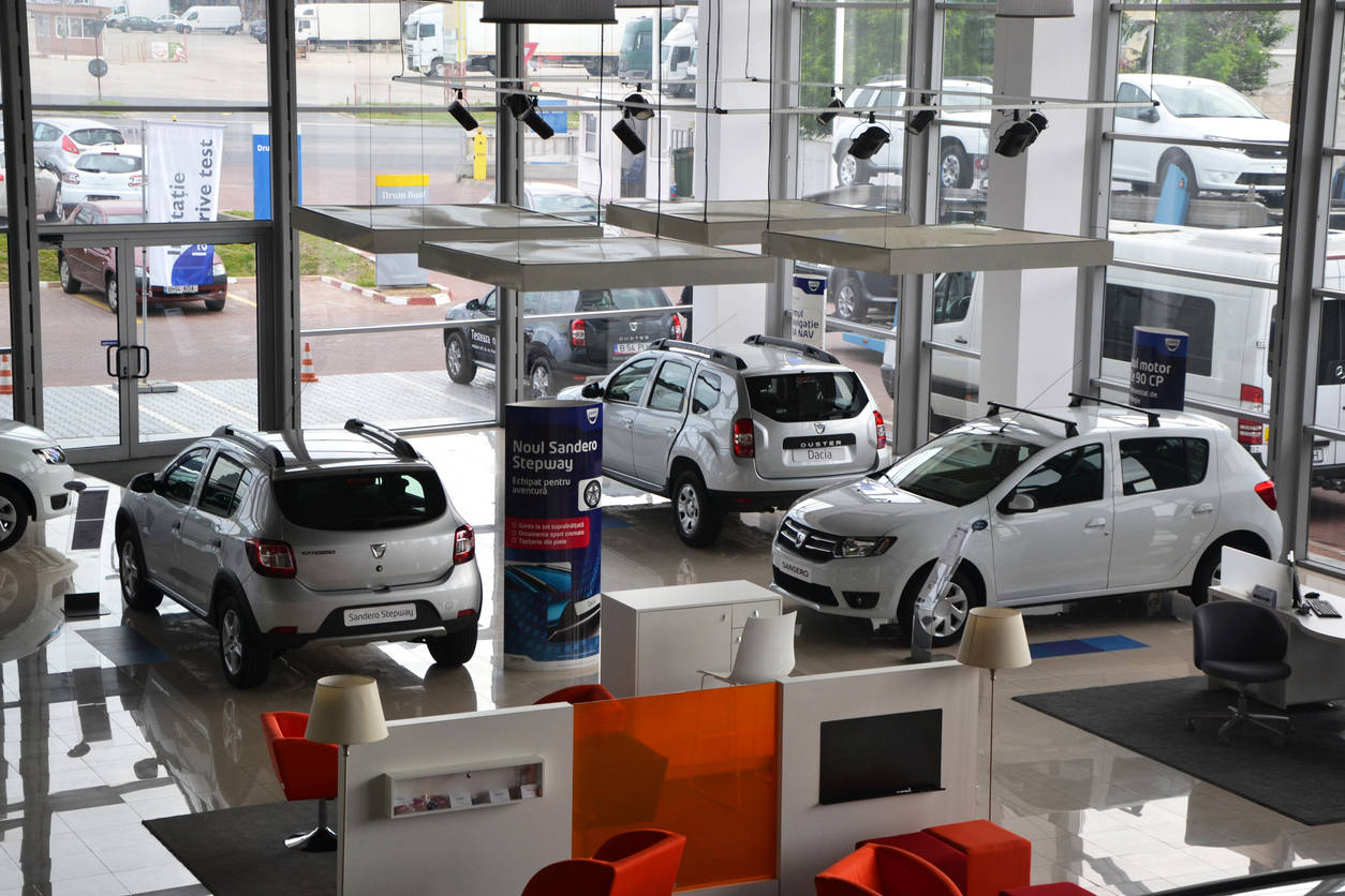 auto dealers: ETAuto Exclusive: Car dealers face backlash in Covid-19 times  as customers' skip purchases, Auto News, ET Auto