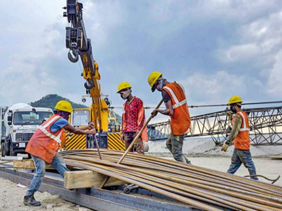 Construction Workers Told To Use Aarogya App Health News Et Healthworld