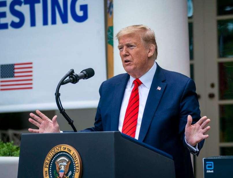 Trump révèle qu'il prend de l'hydroxychloroquine